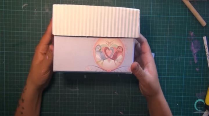 caja decorada con la temática de disney