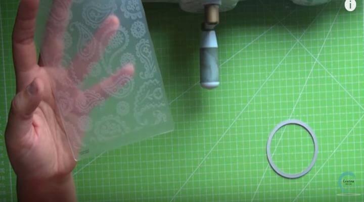 carpeta con diseño para el embossing