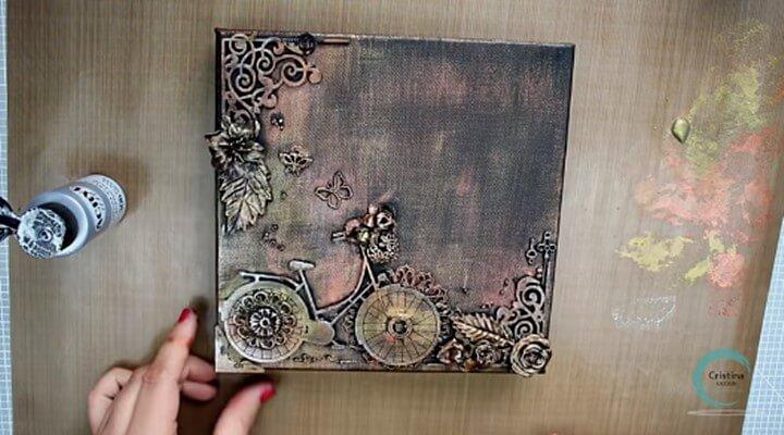 aplicar gesso negro y pintura plateada en el canvas